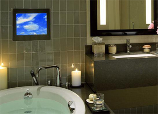 home-cinema-bathroom